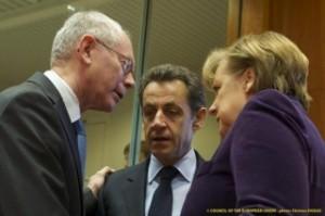 Ван Ромпой, Саркози и Меркел на Европейския съвет в Брюксел. Снимка: Съвет на ЕС