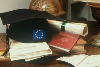 Равнопоставеност за завършилите европейски университети