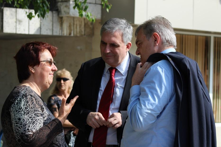Калфин: В България трябва да започне да се строи
