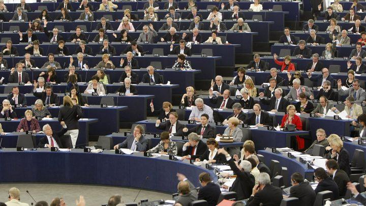 Евродепутатът струва 3,10 евро на калпак